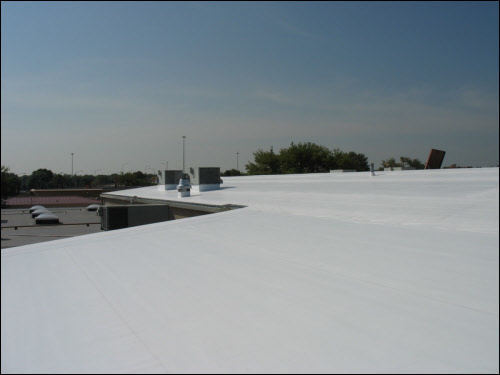 TPO Membrane Installation on Industrial Low Slope Roof in Wisconsin