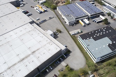Warehouse roof repair and maintenance